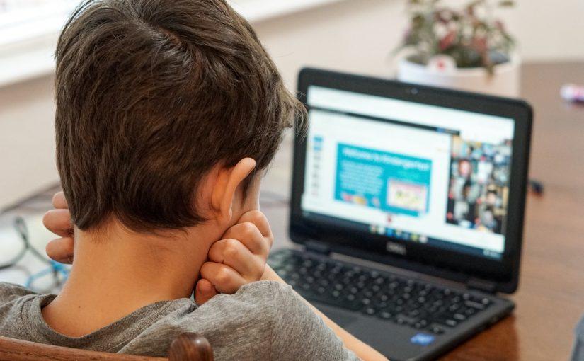 Beskyt dit barns digitale liv